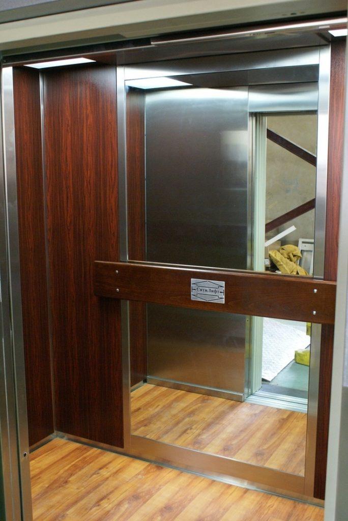 Кабина энергосберегающего лифта