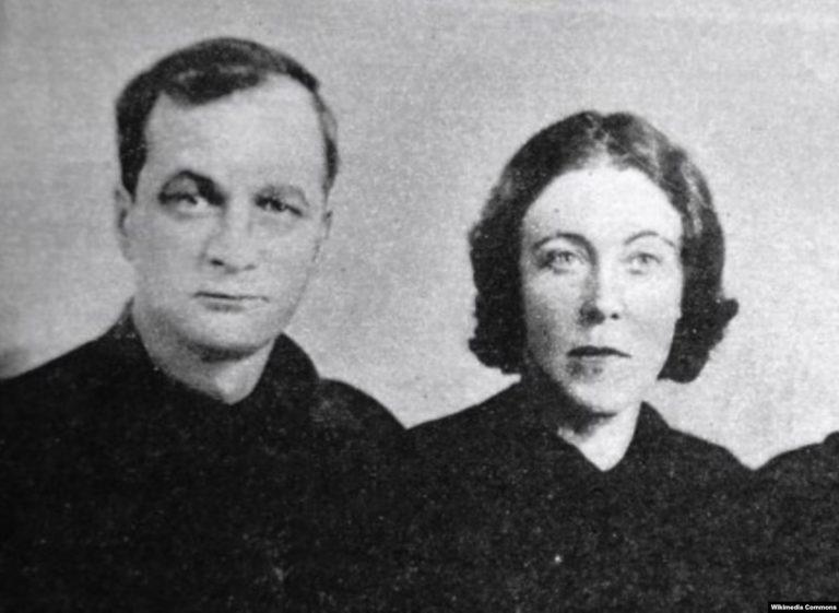 Андрей Платонов с женой Марией Кашинцевой.