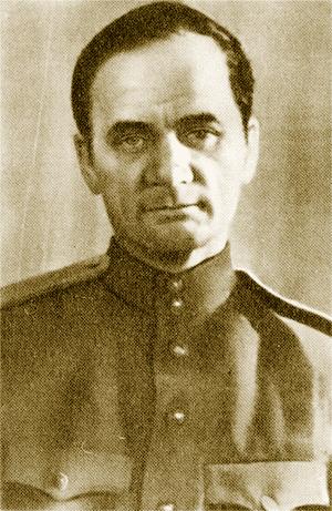 Андрей Платонов в военной форме. Источник: Биограф (https://biographe.ru)