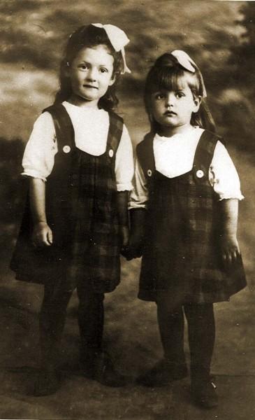 Елена и Ольга – дочки Бажова