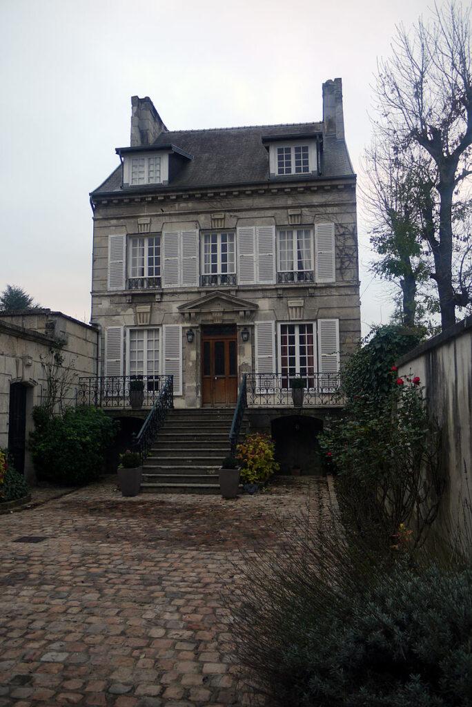 Дом, где родился Дюма (ныне музей трёх Дюма)
